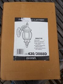 Micromark outdoor lamp - never used