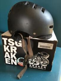 Kraken Helmet