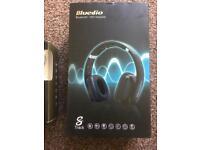 Wired/Bluetooth headphones