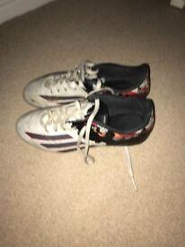 Boys Football Boots Size 5-6