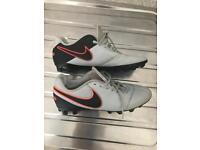 Nike Tiempo Uk 6 1/2