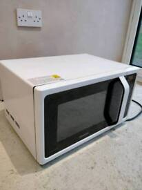 Samsung Large 25 Litre Microwave only 6 Months Old