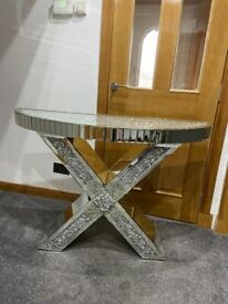 Console table / sideboard
