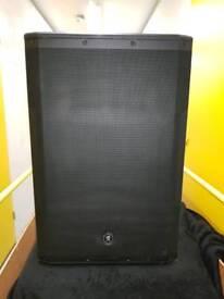 Mackie powered speaker