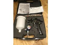 Iwata W400 1.3 limited edition, secret agent spray gun with case and regulator 3 weeks old