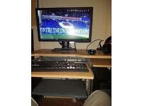 Gaming PC with Monitor Intel i7