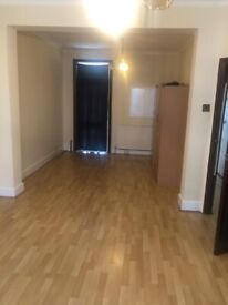 Spacious 3 bed house Upton Park part dss welcome