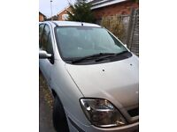 Renault scenic, 02 plate, low mileage for year