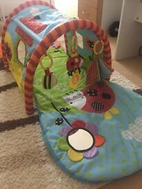 Baby play tunnel