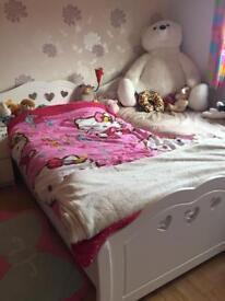 Love heart girl single bed frame white