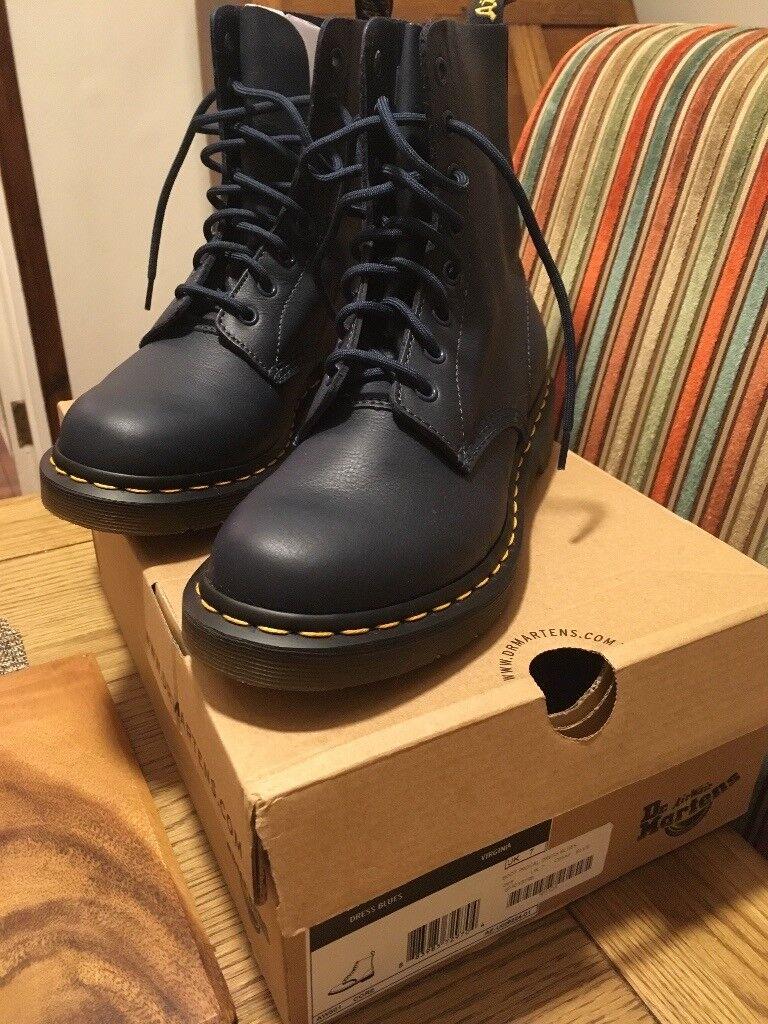 Women's Dr Martens boots size 7