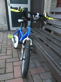 Children's bike for sale. Suitable for a 5 year old.