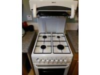 Free standing BEKO gas cooker with eye level grill