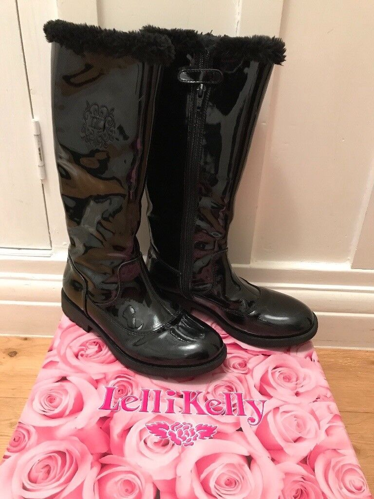 Girls LelliKelly Black Patent Boots Size 2
