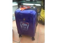 BRAND NEW CABIN SUITCASES HARD SHELL DESIGN