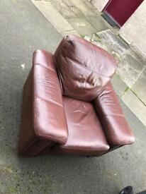 Couch for sale £40 very comfy from a pet free smoke free home