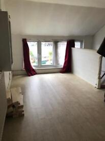 2 bedroom flat in Hounslow West £1350 per month