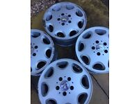 Set of 4, 15 inch (6 1/2 J X 15 H2) Mercedes Alloys and wheel centres