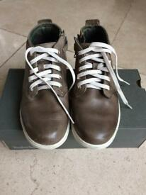 Boys Timberland shoes size 5.5