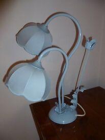 Vintage 'flower bud' table lamp