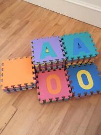 Soft foam puzzle play mat (large 32cm x 32cm)