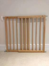 BabyDan Multidan Extending Wooden Stair Gate
