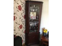 Mahogany livingroom furniture in immaculate condition from smoke free and pet free home