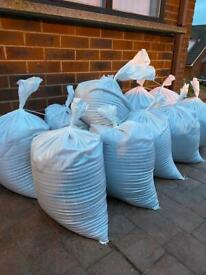 10 bags of new grit sand (roughly 25kg each)