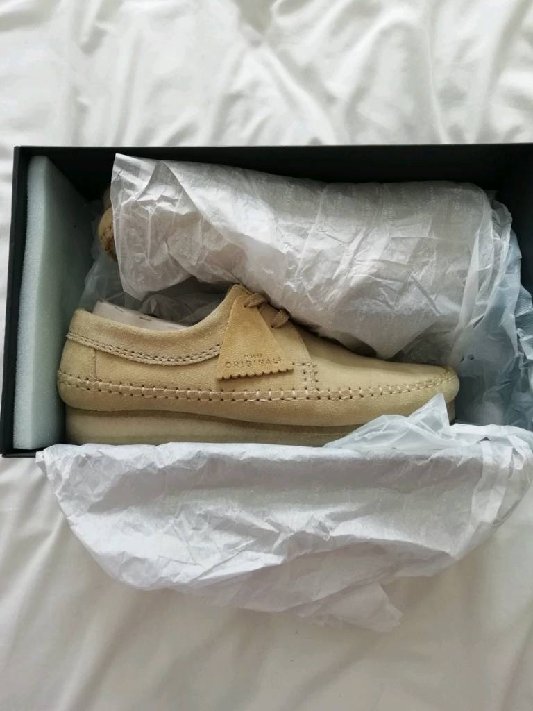 Clarks Weaver shoes in maple suede