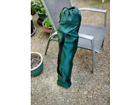 Green Folding Camping/Fishing Chair and Carry-Bag