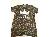 Adidas camo t shirt size small