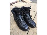 Lowa Combat GTX boots Size 9
