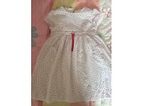 White Company lovely girls dress. Age 5-6