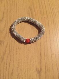 Bracelet with pink stone