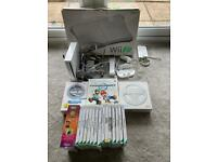Nintendo Wii Console, Wii Fit & 16 Games - Large Bundle