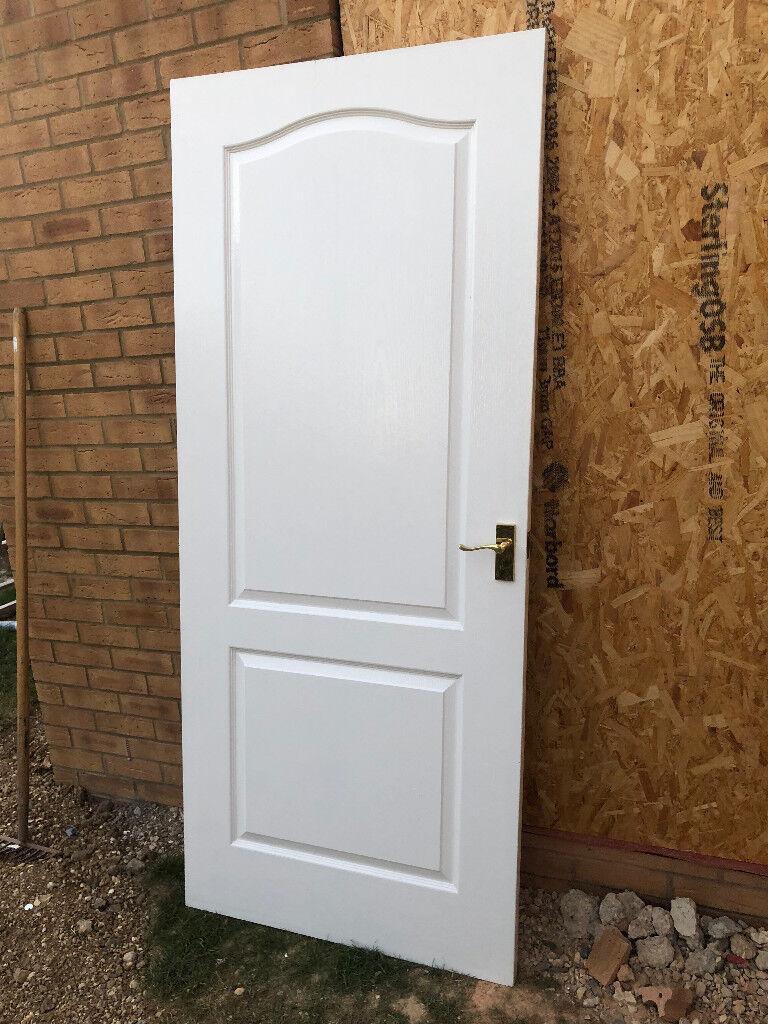Door (internalin Lee on the Solent, Hampshire - White internal door, very good condition hinges and brass handles included. 1980mm x 840mm x 35mm
