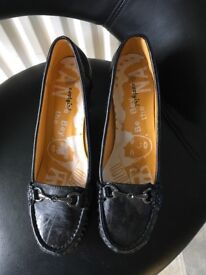 Pair of black shoes size 38/ uk 5