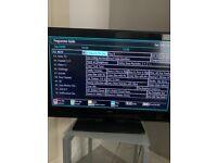 Alba 32 inch TV/DVD built in Free view.