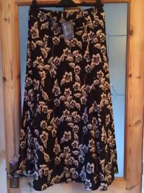 Black/stone linen skirt BNWT size 12