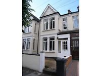 LARGE BRIGHT 4 BEDROOM HOUSE FOR RENT, £2,100 PER MONTH BOUNDS GREEN LONDON (york road n11)