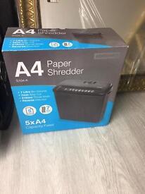 A4 paper shredder