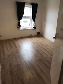 Two double bedrooms to let including bills