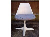 Arkana / Eero Saarinen style Tulip Chair