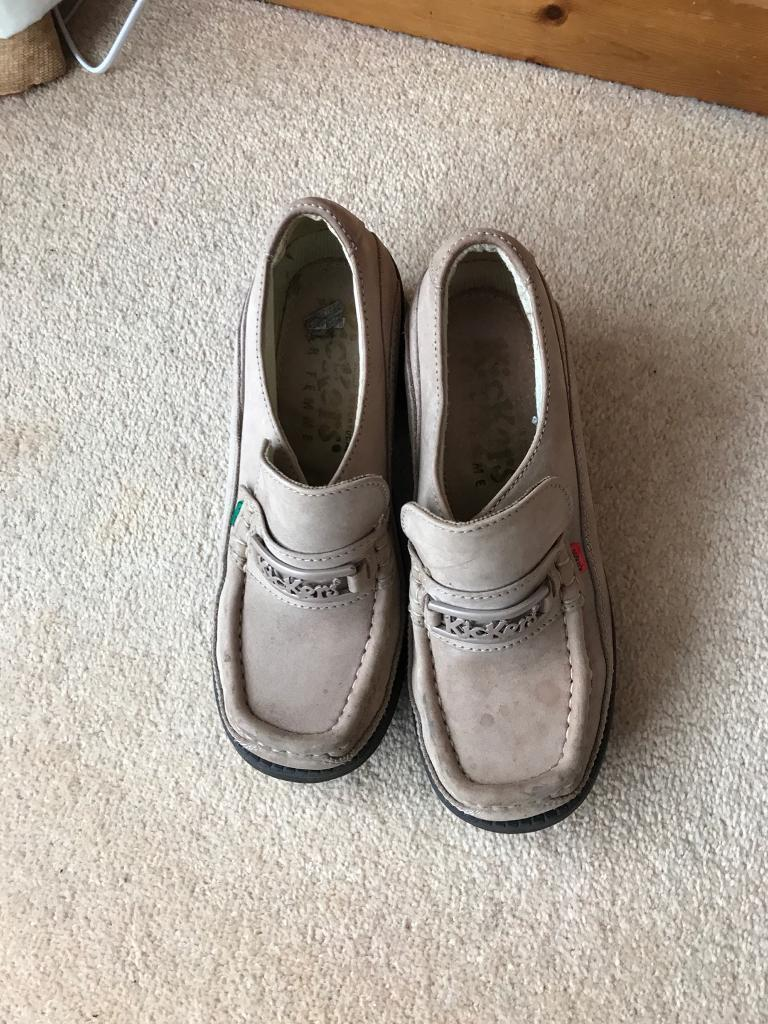 Ladies kicker shoes size 7
