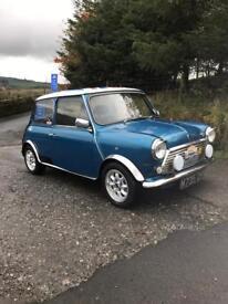 Classic Mini Cooper Rare 35th edition