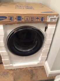 SAMSUNG AddWash 8K ECO BUBBLE WW80K6414QW Washing Machine