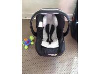 Baby car seat Cosatto