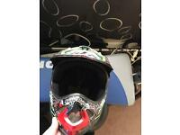 troy lee graphite and skull helmet