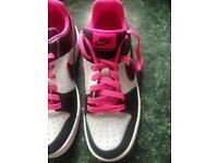 Nike backboard trainers (new) size 5.5