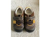 Brown Clarks Shoes 5F